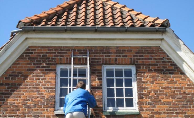 Gør boligen vinterklar i sommerferien