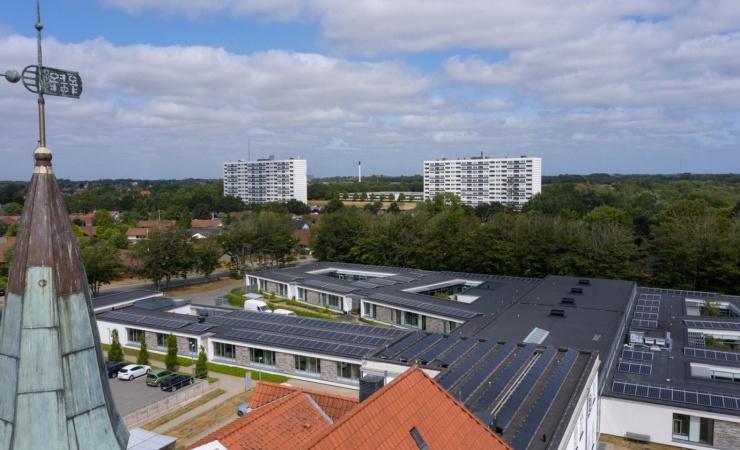 Flere danskere vil have solceller - især på flade tage