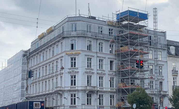 Grand Hotel renoveres fra inderst til yderst