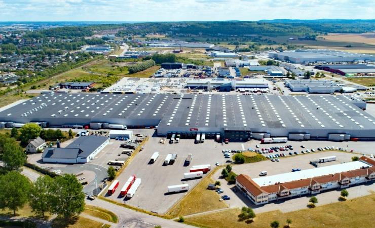 Transportfirma bygger sit mest bæredygtige logistikcenter til dato