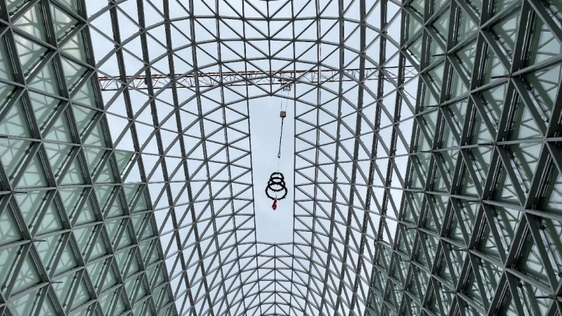 2000 stålrammer stræber mod himlen