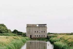 - Det var næsten ubegribeligt at blive shortlisted til Mies van der Rohe-prisen