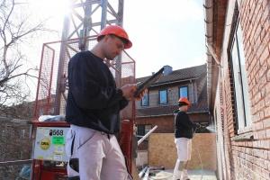 Stenklint A/S renoverer facader på 400 lejligheder