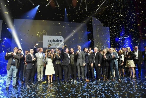 Alle vinderne af MIPIM Awards 2017 blev hædret ved en ceremoni i Cannes torsdag aften. Foto: D'HALLOY - IMAGE & CO.