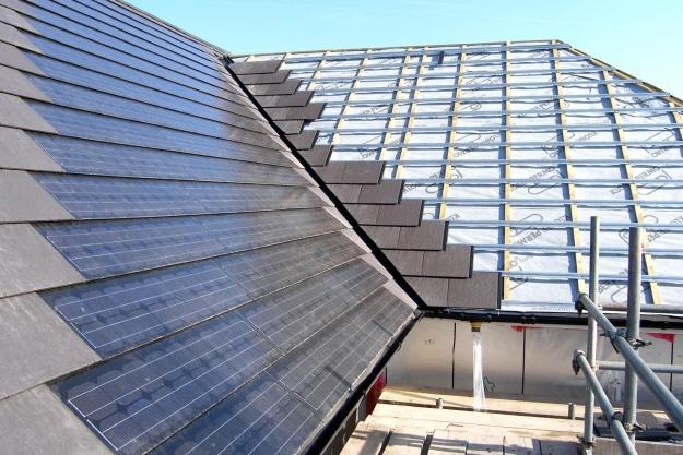 Nyt samarbejde om integrerede solcelleløsninger