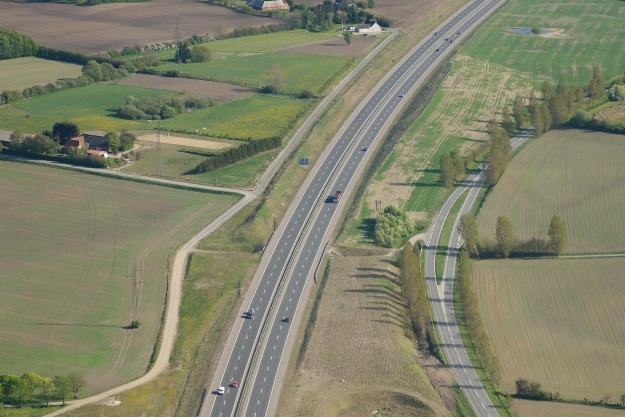 Regeringen holder fast i motorvejsplan