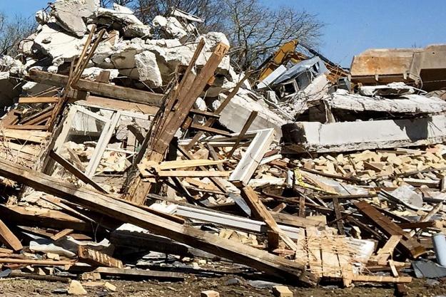 Sådan behandler du byggeaffald - uden at bryde loven