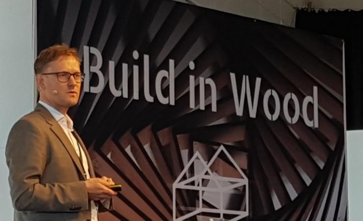 Kirkbi: Løs akustik-udfordringen i træbyggeri