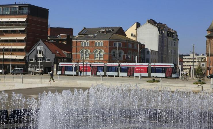 Rambøll skal holde Aarhus Letbane på skinner
