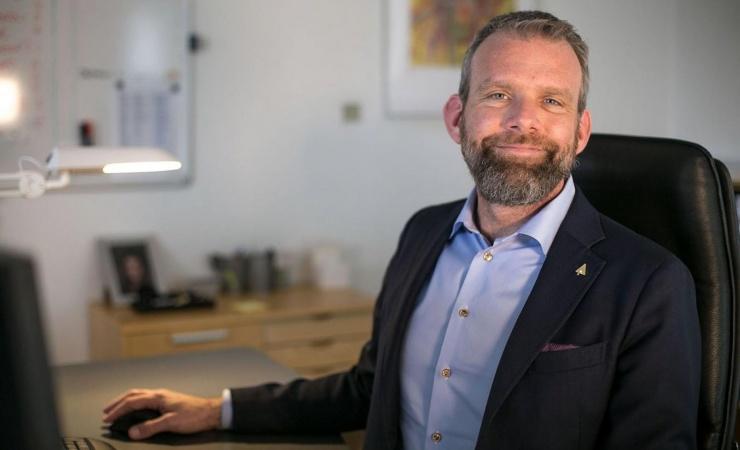 Svenskere med facade-ekspertise breder sig over Øresund
