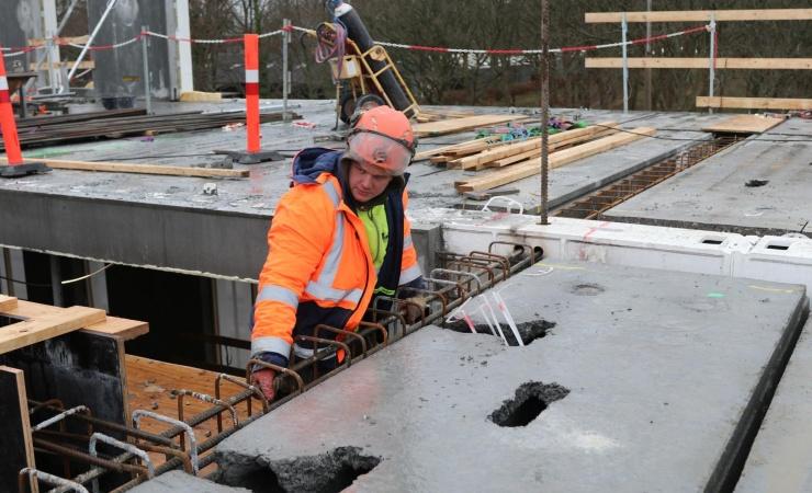 To hold med rene handsker rejser Hempels nye hovedkvarter