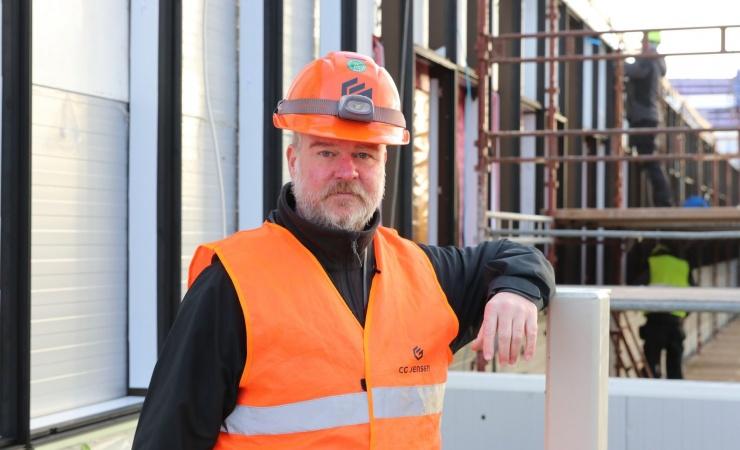 Stålspecialister afslutter stor hoteltilbygning