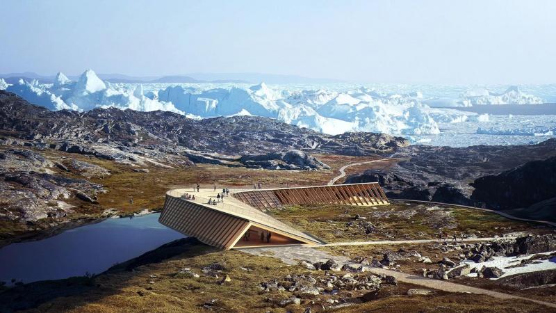 Isfjordscenter forsinket et år