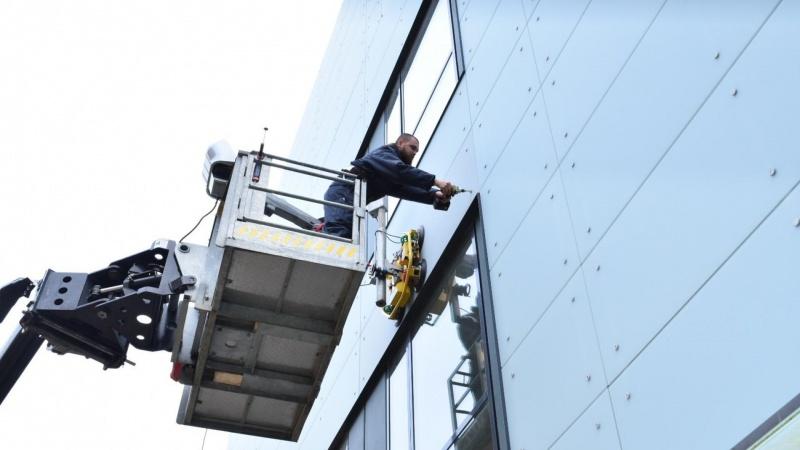 Rambøll udvikler ny metode til glasskift