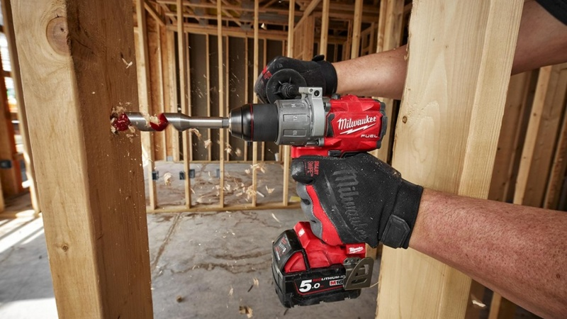 Sanistål får maser af Heavy Duty el-værktøj i sortimentet