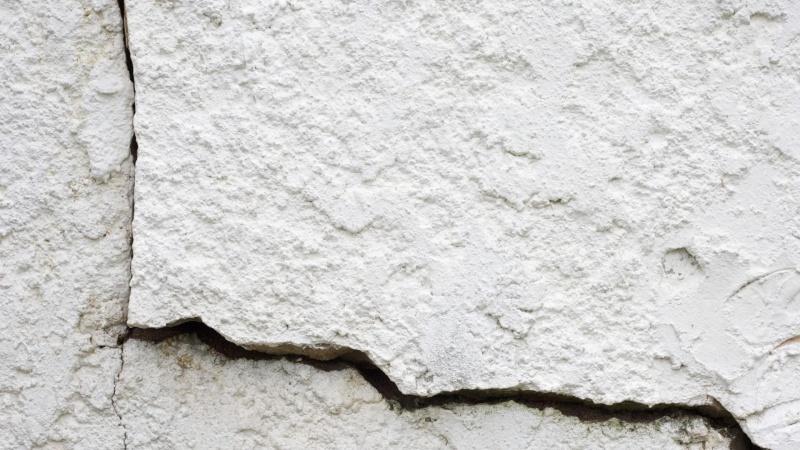 Flere huse har slået revner efter kloakarbejde