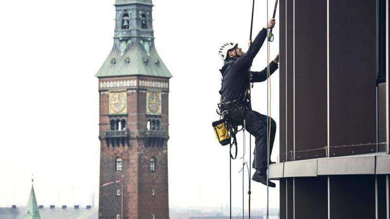 Dansk Spiderman-selskab vil klatre højere