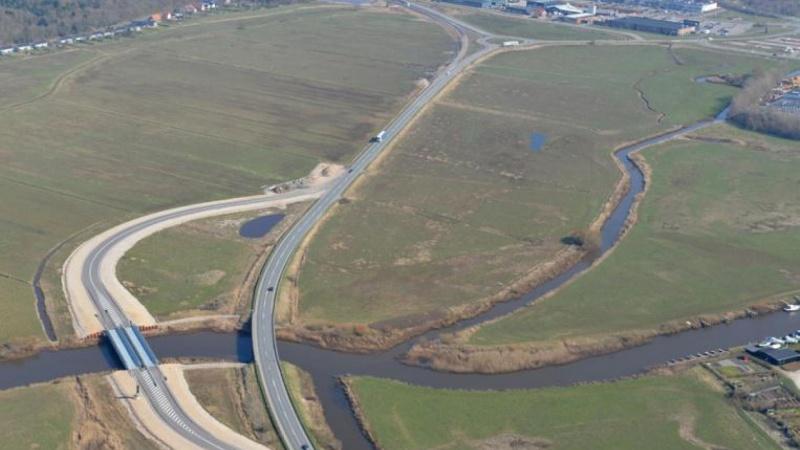 Ingen entreprenører bød på broprojekt - midlertidige broer pilles ned igen