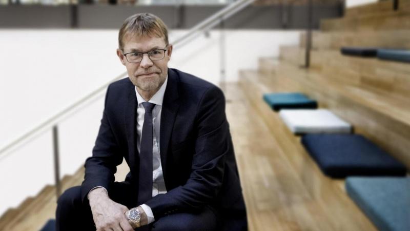 Dansk rådgiverkæmpe fylder 90