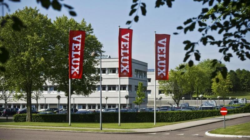 VKR Holding vendte skuden i andet halvår