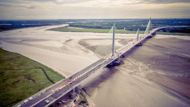 Endnu en britisk kæmpebro med danske aftryk