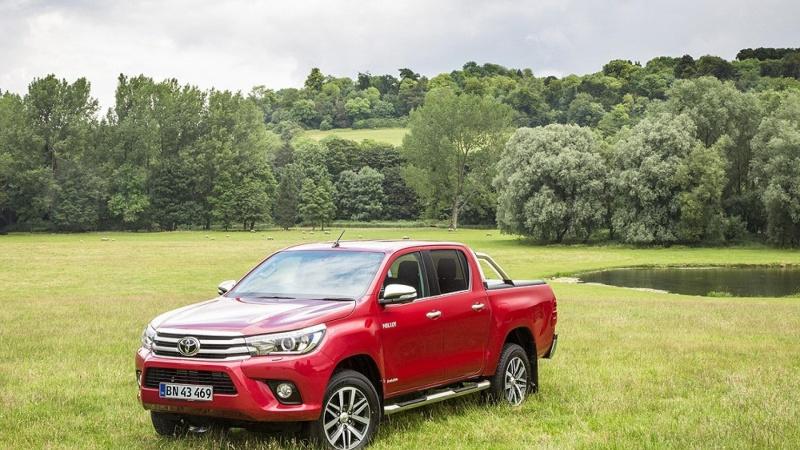 Toyota Hilux topper sin klasse