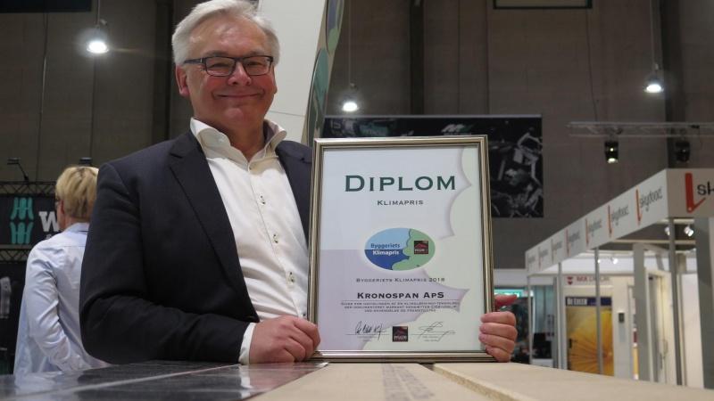 Kronospan vinder klimapris for genbrugsgulv